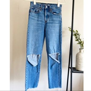 Levi's Wedgie Straight Love Triangle Jeans Sz.24